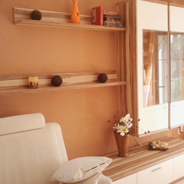 MESI truhláři Trutnov - nábytek do obývacího pokoje na míru